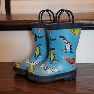 Hatley 7T dinosaur rain boots